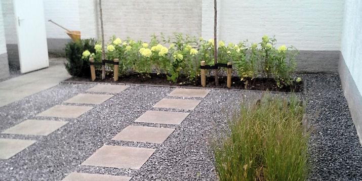 Aanleg kleine, moderne tuin
